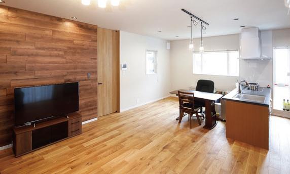多彩な空間デザインが魅力の二世帯住宅の写真1